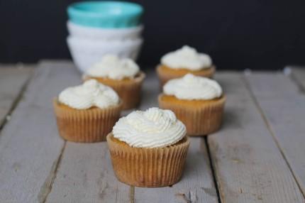 Vanilla-Cupcakes-1-of-2-2.jpg