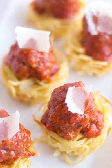 super-bowl-appetizer-mini-spaghetti-cups.jpg