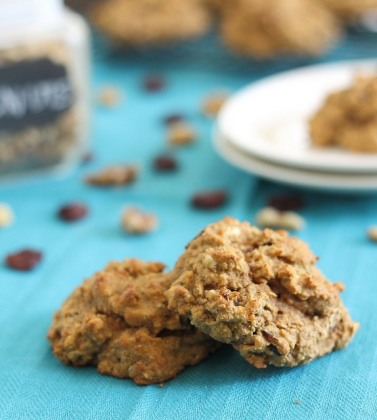 Protein-cookies-with-almond-and-cherries.jpg