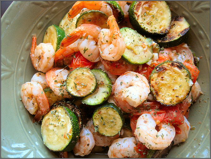 Shrimp with Zucchini and Tomatoes.png